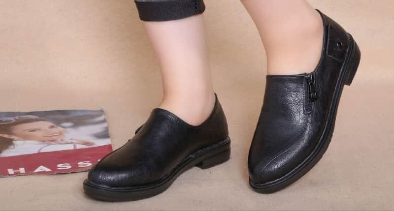 قیمت عمده کفش مصنوعی مردانه و زنانه چقدر است؟