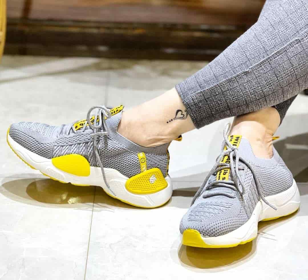 عمده کفش اسپرت