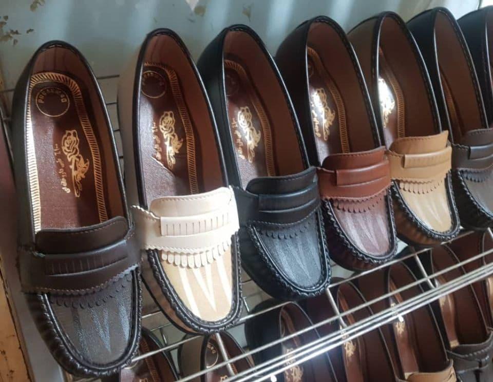 کفش طبی تابستانه زنانه