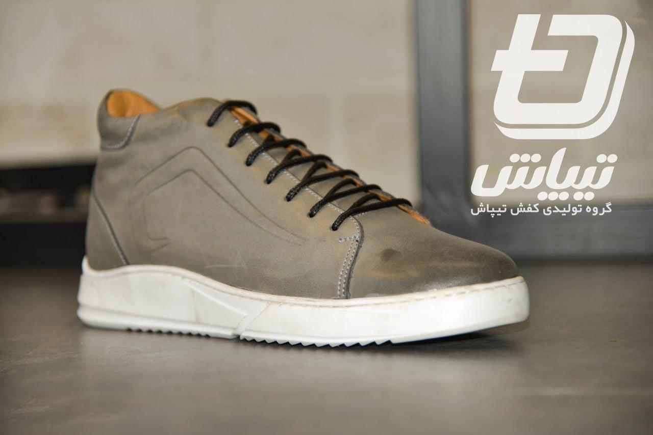 تولیدی کفش اسپرت مردانه